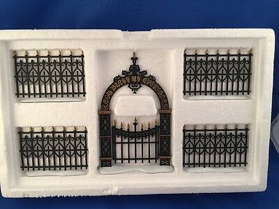 Dept 56 -Heritage Village- Victorian Wrought Iron Fence And Gate- #52523