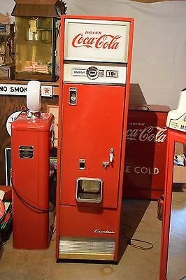1960's Cavalier Corporation 10 Cent Coca Cola Vending Machine  Model C-55D