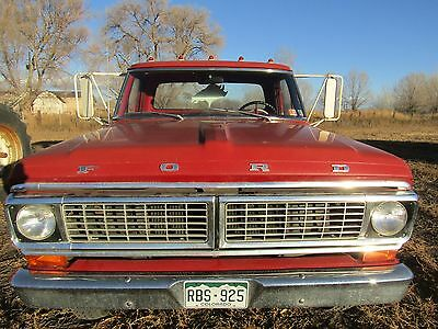 1970 Ford F-350  '70 Ford f-350 single cab flatbed dually truck