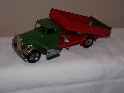 Vintage Triang Minic Lines Bros. Tin Clockwork Tipping Lorry