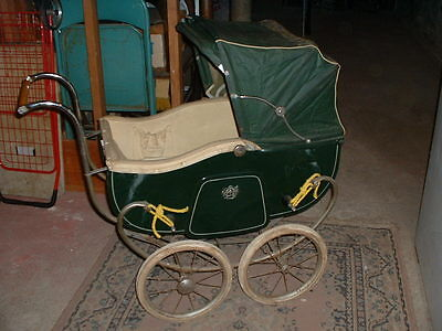 Vintage Welbilt Doll Carriage circa 1950