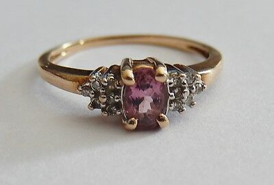 10 KT Gold Amethyst and diamond ring size 6 1/2