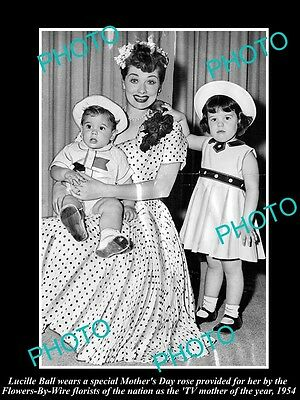 Old Large Historic Photo Of I Love Lucy Star, Lucille Ball, Mother Of Year 1954