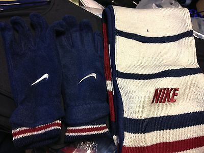 NIKE BOYS  GLOVES FLEECE IN S/M OR M/LL BOYS WITH SCARF AT £10IN CONTAINERy