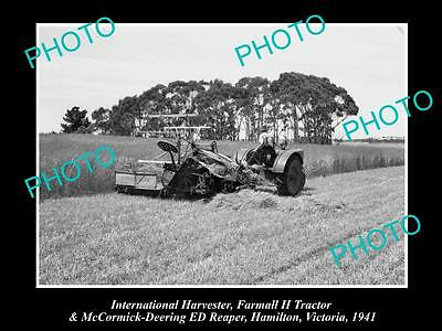 OLD HISTORIC PHOTO OF INTERNATIONAL HARVESTER FARMALL H TRACTOR & REAPER c1941