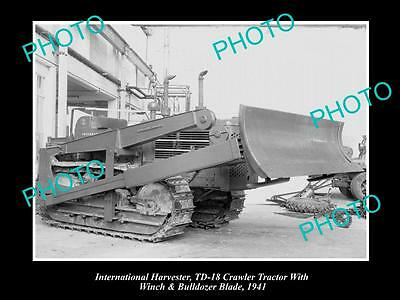 OLD LARGE HISTORIC PHOTO OF INTERNATIONAL HARVESTER TD18 CRAWLER TRACTOR c1941