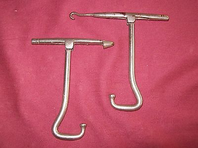 A Pair Of Vintage Folding Metal Boot Pulls With Button Hook Etc. Riding, Skating