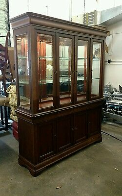 Super Nice National Mt. Airy China Cabinet Lighted  Mirror Back Glass Shelves