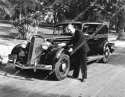 Pic Jimmy Durante and his brand 1934 Buick automobile 1721-14