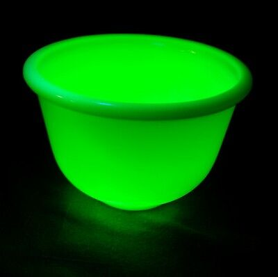 "1930s Fitzgerald Magic Maid Pale Yellow Mixer Bowl 6.5"" Glows in Blacklight"