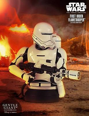 GENTLE GIANT STAR WARS THE FORCE AWAKENS FLAMETROOPER Collectible Mini Bust