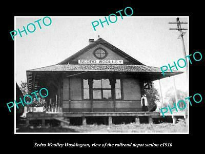 OLD LARGE HISTORIC PHOTO OF SEDRO WOOLLEY WASHINGTON, THE RAILROAD STATION c1910