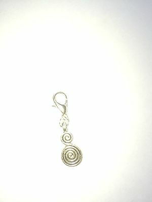 Wool Thread Crochet / Stitch marker For Knitting And Marking Patterns