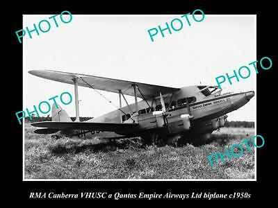 OLD LARGE HISTORIC PHOTO OF QANTAS EMPIRE AIRWAYS, RMA CANBERRA AEROPLANE c1950s