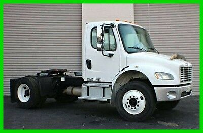2007 Freightliner M2106 Business Class Day Cab CAT Diesel Auto Shift 5-Speed FL