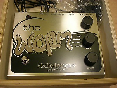 Electro-Harmonix The Worm, Holzbox, Netzteil, Made in U.S.A.