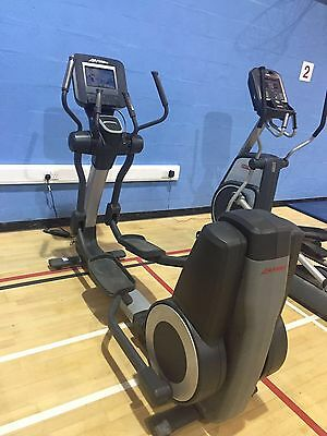 Life Fitness 95X Discover Si Elliptical Cross Trainer Commercial Gym Equipment