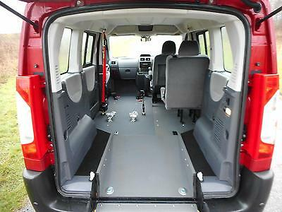 2013 Peugeot Expert Tepee 2.0 Hdi Automatic WHEELCHAIR PASSENGER UPFRONT ACCESS