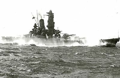 WW2 Photo The Biggest Japanese Battleship Of All Time Yamato at sea WWII 199