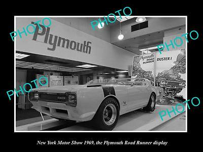 Old Historic Photo Of New York Motor Show 1969 Plymouth Road Runner X1 Display 2