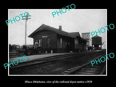 OLD LARGE HISTORIC PHOTO OF MINCO OKLAHOMA, THE RAILROAD DEPOT STATION c1920