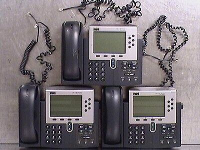 Lot of 3 Cisco 7960 Series IP Phones CP-7960G with Handsets (M187718)