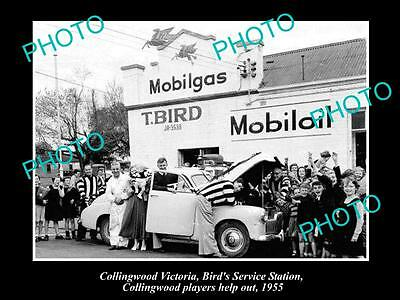OLD LARGE PHOTO OF COLLINGWOOD VIC, BIRDS GARAGE & COLLINGWOOD PLAYERS c1955