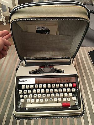 Vintage typewriter Brother Deluxe 1350 amazing condition w/ instructions