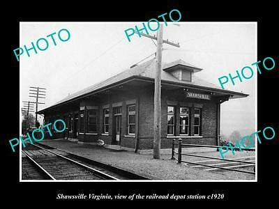 OLD LARGE HISTORIC PHOTO OF SHAWSVILLE VIRGINIA, RAILROAD DEPOT STATION c1920