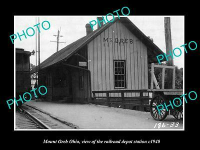 OLD LARGE HISTORIC PHOTO OF MOUNT OREB OHIO, THE RAILROAD DEPOT STATION c1940