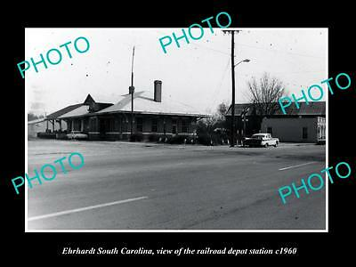 OLD LARGE HISTORIC PHOTO OF EHRHARDT SOUTH CAROLINA, THE RAILROAD DEPOT c1960