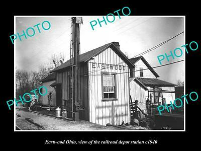 OLD LARGE HISTORIC PHOTO OF EASTWOOD OHIO, THE RAILROAD DEPOT STATION c1940
