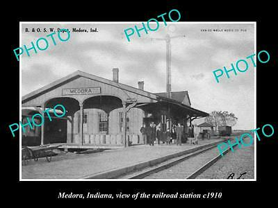 OLD LARGE HISTORIC PHOTO OF MEDORA INDIANA, VIEW OF THE RAILROAD STATION c1910