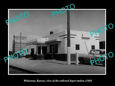 OLD LARGE HISTORIC PHOTO OF WAKEENEY KANSAS, VIEW OF THE RAILROAD DEPOT c1960