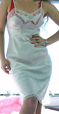VTG Ivory Exotic Lace Embroidered Soft Silky Satin Full Slip Dress sz 34