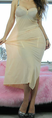 VTG Vanity Fair Beige Super Soft Nylon Simple Classic Full Slip Dress sz 34
