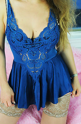 VTG Blue Fancy Scalloped Lace Shimmer Nylon Sissy Camisole Nightie Slip sz S/M