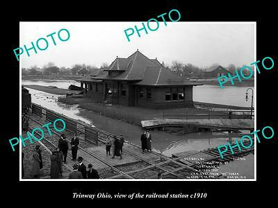 OLD LARGE HISTORIC PHOTO OF TRINWAY OHIO, THE RAILROAD STATION c1910