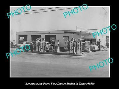 OLD LARGE HISTORIC PHOTO BERGSTROM AIRFORCE BASE SERVICE STATION, TEXAS c1950s