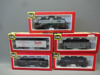 Life-Like Lot Of 5 HO Scale Coal Hopper Freight Car Gas Chemical Tank Boxed