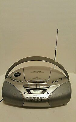 Vintage Sony CFD-S250L ghetto blaster boom box cd player, tuner, tape