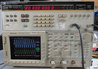 HP 3325A Synthesizer / Function Generator Opt 001