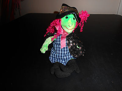 TY Beanie baby  Witch in Great Condition With Tag.  (Scary)  Retired.2000
