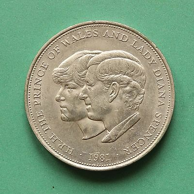1981 Elizabeth II Charles & Diana Wedding Crown Uncirculated SNo43292