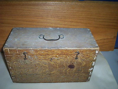Vintage Wooden Shoe Shine Box Or Wooden Case With Handle + Carpet Lined Inside