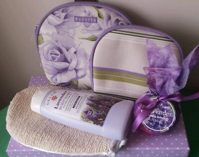 Ladies Gift Bath BOX SET of 2 Toiletry Bags, Bath Mit, Lavender Body Wash & Fizz
