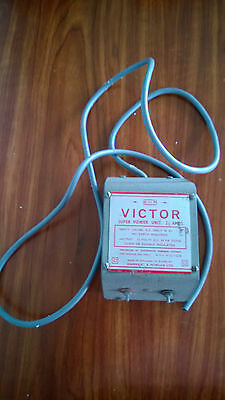 Vintage H And M Victor Super Power Unit 2 1/2 Amps