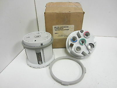 NIB Meltric 31-90000-020-043 100A Interior Receptacle