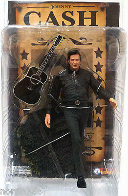 JOHNNY CASH THE MAN IN BLACK figura PVC 16cm de Sota