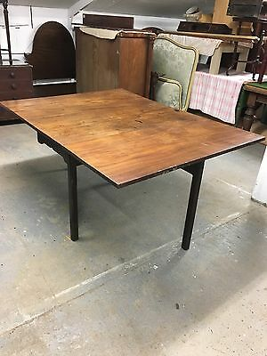 Antique Georgian Mahogany Drop Flap Gate Leg Table